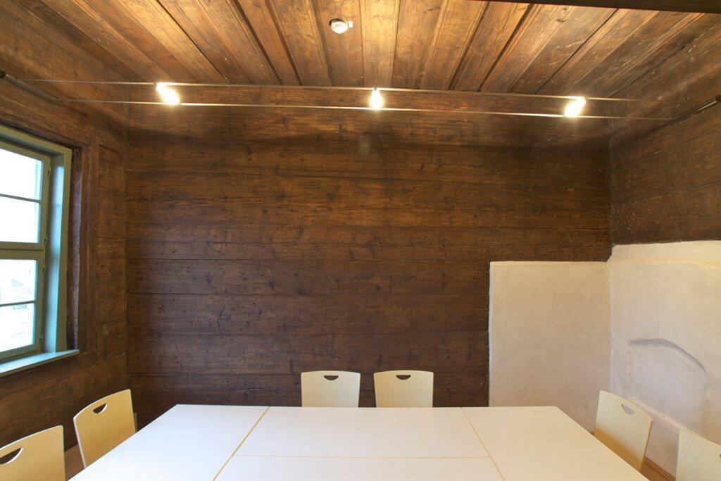 Restaurierung & Sanierung von Holz