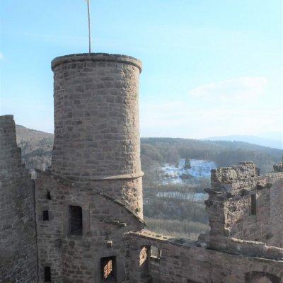 Bornhagen, Burgruine Hanstein